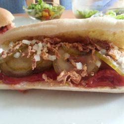 Eiweißarmer dänischer Hotdog